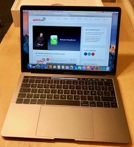 Dünn, schnell, modern: Das MacBook Pro Late 2016.